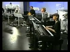 ▶ Misty Edwards, 'You Shall Love Me' (Arms Wide Open) , 2009-09, Prayer Room IHOP-KC - YouTube