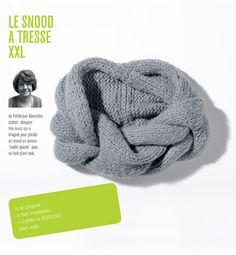 Kit Snood à tresse XXL femme :  Un effet XXL pour ce snood à tresse feutré tricoté en Nebuleuse pour un effet moelleux et aéré tout autour du coup. Modèle réalisé en jersey, facile à tricoter.
