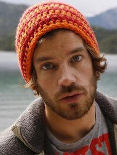 Ayer's Rock, MYM1022 | Schachenmayr.com - Free crochet pattern.