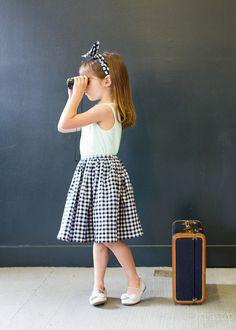 little dirndl skirt tutorial (it has pockets!) // skirt as top