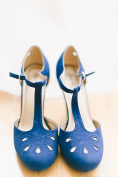 cobalt blue wedding shoes, photo by Elizabeth Fogarty http://ruffledblog.com/patapsco-female-institute-wedding #weddingshoes
