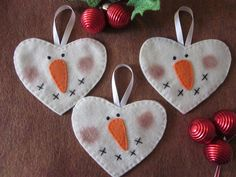Primitive Snowman Ornament by LookHappyShop, via Flickr