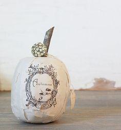 I Heart Shabby Chic: Shabby Chic Halloween Pumpkins...