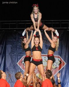 Some interesting cheerleading shapes. #cheerleader #cheerleading #cheer