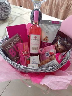 The best friend basket with pink moscato!