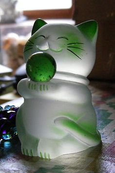 "Green LUCKY Fortune CAT MANEKI NEKO 3"" money kitty statue good fortune figurine"