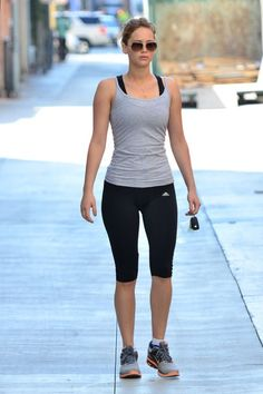 Love Jennifer Lawrence's fit & curvy shape. Body inspiration.