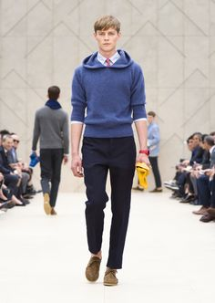 Burberry Prorsum Spring 2014 Blue hooded sweater with a poplin shirt and pink linen tie