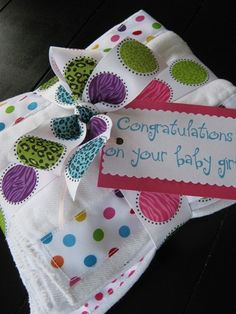 adorable burp cloths tutorial