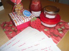 Erdbeermuffins, Erdbeersalz, Erdbeerzucker und Erdbeerlimes