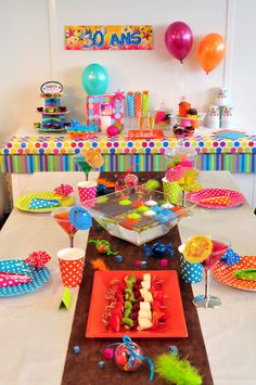 Id es d co anniversaire on pinterest 50 pins - Idees deco table anniversaire ...