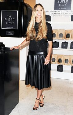 """Elle Macpherson: how the supermodel capitalized off her nickname """"The Body!"""" via @WhoWhatWear"""