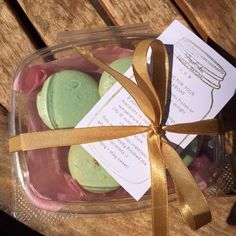 """(Perfect for my macaron taste tester boxes! Fits 4 regular sized macarons comfortably.""( - Sophia V. from PiipaCakes #macaron tester box"