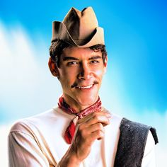 CANTINFLAS movie featurette  I'm looking forward to this. Here's something to whet your appetite.