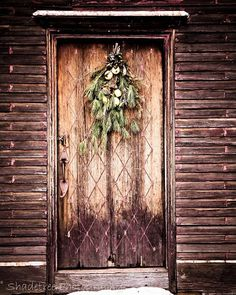 Door Photography Rustic Vintage Swag Brown Natural Winter Doorway Holiday Garland Colonial Christmas, 8 x 10 Fine Art Photography
