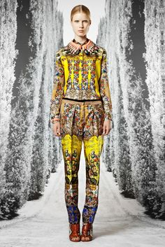 Roberto Cavalli Resort 2013 Collection Slideshow on Style.com