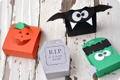 #Halloween Treat Bags from The Idea Room.