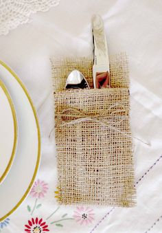 Burlap Flatware Silverware Pockets  Rustic Table by BrossieBelle.