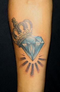 There are quite a few meanings for the popular diamond tattoo. This is one of those tattoos that are symbolic to your own beliefs, it represents what you want it to. Here are some common meanings of the diamond tattoo: Invincible, Strength, Purity, Durable, Love, Everlasting, Forever, Faithfulness, Power, Beauty, Glamorous, Luxurious, Wealth, Integrity Tattoo Ideas, Diamond Tattoos, Queens, Crowns Diamonds Tattoo, Tattoo Design, A Tattoo, Beauty, Princesses Crowns Tattoo, Tattoo Diamonds