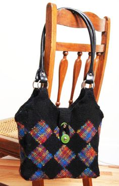 Free pattern, Squared Uptown Bag by Constance Hall >> Violet Rose: Zoom Loom - the pin loom with a difference squar, rose, spindl blog, schacht spindl, colors, violet, zoom loom, pin loom, felted bags