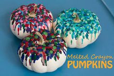 Melted crayon art is awesome! Turn it old crayons into a festive fall decoration and make these Marvelous Melted Crayon Pumpkins | AllFreeKidsCrafts.com