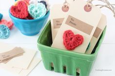 Adorable Crochet Heart Gift Tags with livelaughrowe.com