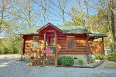 A Romantic Retreat is a beautiful 1 bedroom cabin that is fantastic for romantic couples and small families.