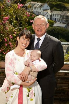 An interview with Caroline Catz and Martin Clunes in 2011.