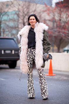 This dramatic ensemble benefits from neutral hues.    #streetstyle #newyorkfashionweek #fashion #fashionweek #style #harpersbazaar #mrnewton