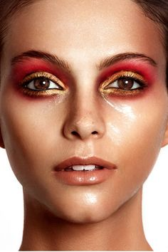 RED GOLD MAKE UP.