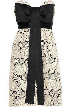 walker embroid, fashion, stella mccartney, style, mccartney walker, big bows, embroid lace, black, lace dresses