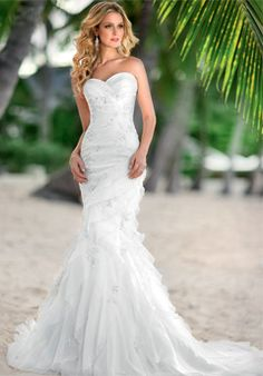 I LOVE the style and cut of this dress! - if it has lace, I'm ALL for it - it's perfect!