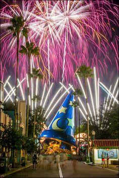 """The Earful Tower, Disney's Hollywood Studios """"weenie"""" in Walt's words . . ."""