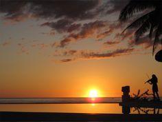 Playa Tropical - Currimao, Ilocos Norte    fuego+viento+tierra+agua