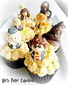 Sugar Swings! Serve Some: harry potter butterbeer cupcakes....!