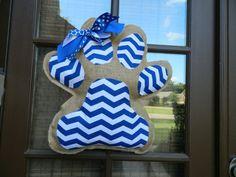 Great gift for a Kentucky Wildcat fan or Memphis Tiger fan! Paw Print Burlap Door Hanger. by NaptimeCrafters1 on Etsy, $30.00