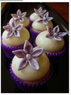 Beautiful Bridal: Purple Wedding Cupcake Ideas