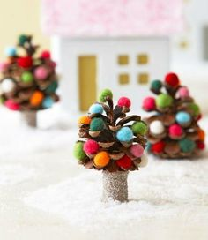 Dress up pinecones for a cute winter scene. How-to + more Christmas crafts: http://www.midwestliving.com/holidays/christmas/easy-christmas-crafts/page/5/0