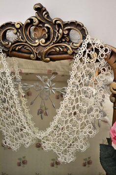 Beautiful tatted lace
