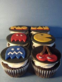 pacman cupcakes | Pacman Cupcakes | Flickr - Photo Sharing!