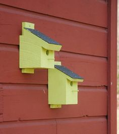 Super-color bluebird houses.