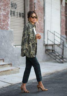 jacket, camo, mixed patterns, tartan plaid, fall outfits, street styles, mixed prints, leopard, mixing prints