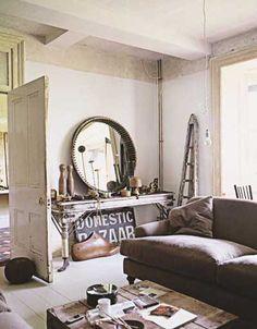 round mirror, white, rustic, vintage