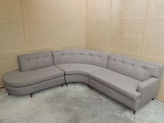 Vintage Mid Century Modern Sectional Sofa | Used Mid-Century Modern Furniture Auctions ... perfect, awesome, dream sofa for this room