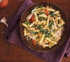 Creamy Chicken and Spinach Pasta recipe (over 17,000 pins!)