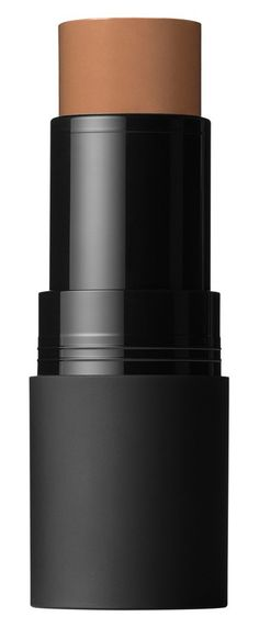 Use dry for a high impact contoured look, or use wet for a sheer blended look. Plus, you can also use it on your lips!
