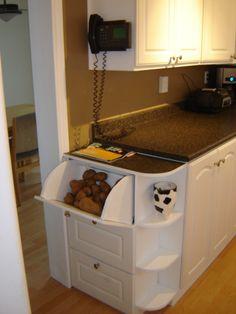 Potato, onion, bread storage cabinet
