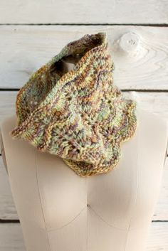 Knit a Cozy Cowl with Manos Wool Clasica Yarn