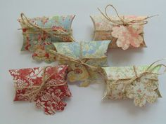 Set of 5 Vintage Victorian Small Pillow Boxes by GGEarthDesigns,  So cute! pillow box, pillow punch, small pillow, box punch