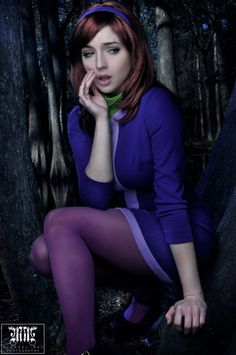 Daphne Cosplay by Tracy Collins — GeekTyrant